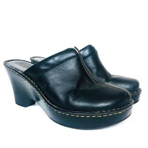 BORN Black Leather Heeled Clog Mule 8